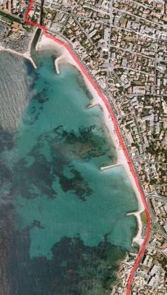 Le long de la plage de Bonnegrâce