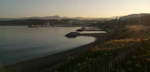 Le port de la Coudoulière au lever du soleil